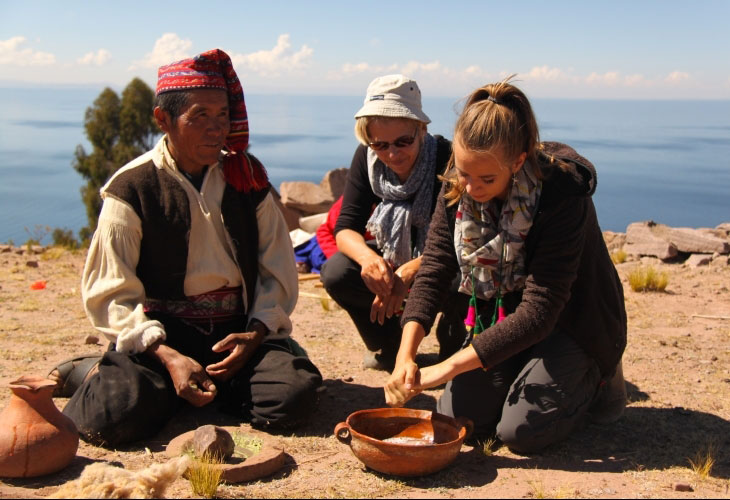 Au bord du lac Titicaca en immersion